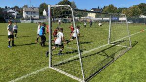 Read more about the article E-Jugend festigt Platz 1 mit beiden Mannschaften